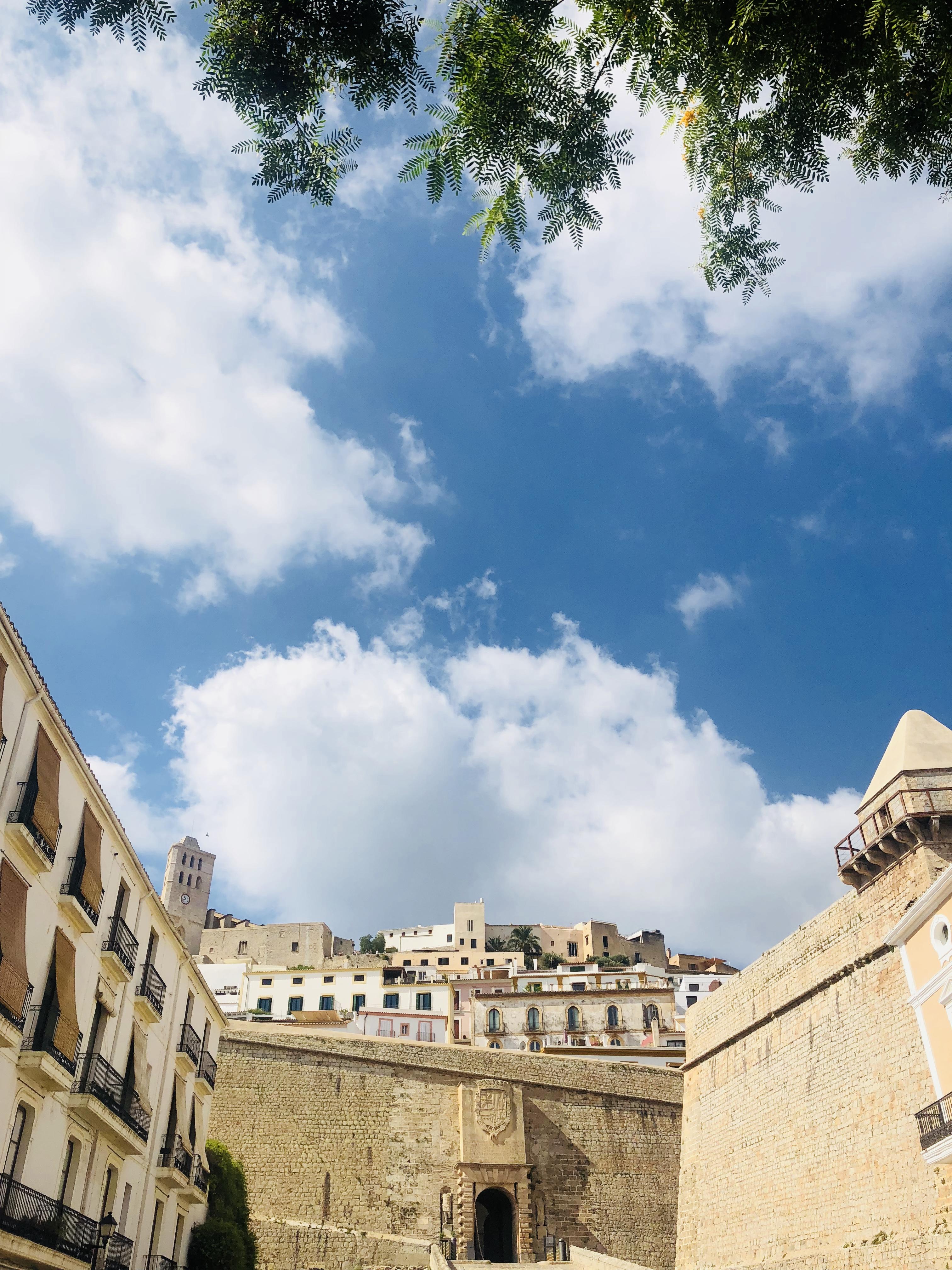 vieille ville ibiza.jpg